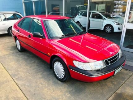 1996 Saab 900 S 2.3I Red 4 Speed Automatic Hatchback
