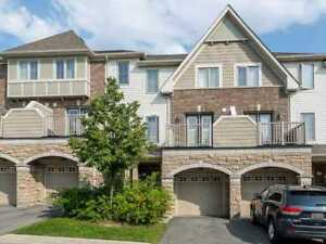 Absolutely Stunning!! 3 Bdrm Executive Town-Home In Brampton!!
