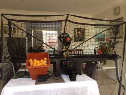 Newgy Robo-Pong 2040 - Table Tennis trainer (balls included) Asquith Hornsby Area Preview
