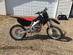 2006 Honda CRF250R $29 Bi-Weekly! SOLD SOLD SOLD!