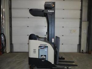 forklift Crown RR5225-35