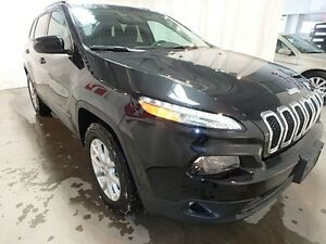 2016 Jeep Cherokee North *REMOTE START, BLUETOOTH, LOW KMS*