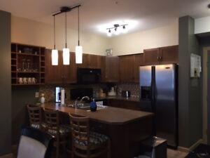 Playa del Sol, Kelowna - 2 bed, 2 bath/den - Availalbe Sept 1st
