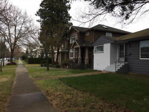 $6000 /   6 Bdr, 2 Bath 2 levels detached house (Vancouver)