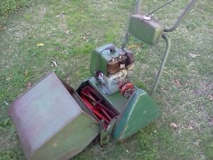 Vintage 4 Stroke Lawnmower and Pionex Edger Inglewood Stirling Area Preview