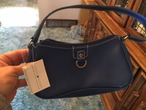Brand New Blue Leather Tommy Hilfiger purse