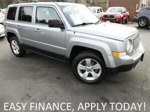 2015 Jeep Patriot North 4X4! ALLOYS! HEATED SEATS! REMOTE START!
