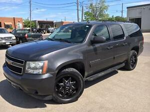 2010 Chevrolet Suburban LT **LEATHER-ROOF-RIMS-8 PASSENGER**