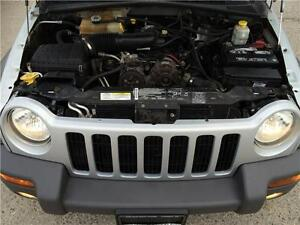 2004 Jeep Liberty Sport 4x4! BRAND NEW TIRES & BRAKES! A/C! London Ontario image 7