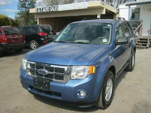 2009 Ford Escape XLT 4WD ONLY 115000 km!