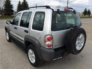2004 Jeep Liberty Sport 4x4! BRAND NEW TIRES & BRAKES! A/C! London Ontario image 2