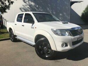 2014 Toyota Hilux KUN26R MY14 SR Utility Double Cab 4dr Man 5sp, 4x4 865kg 3.0 White Manual Utility Oxley Park Penrith Area Preview