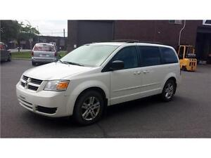 2010 DODGE GRAND CARAVAN ***STOW 'N GO***
