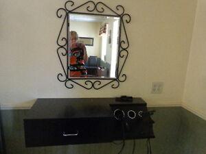 hairsalon station & mirror , 3 available