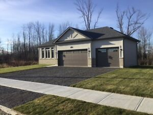 LEASED! 90 REDWOOD DR