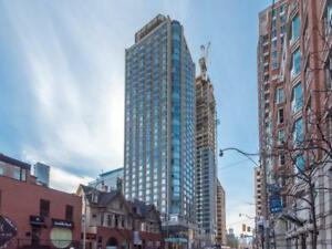 Luxurious 1 Plus Den Unit In The Heart Of Yorkville!