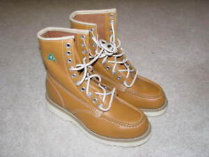 New J.B. Goodhue safety boot - Steel toe - CSA approved - sz 7.5