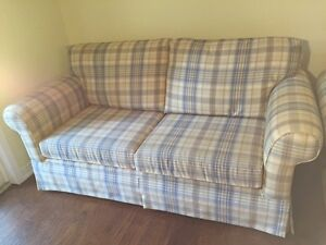 HIGH END LOVE SEAT & CHAIR FINAL REDUCTION FOR  XMAS Kawartha Lakes Peterborough Area image 1
