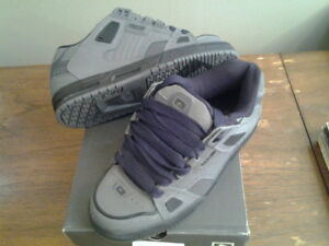 Brand New Globe Shoes Save $100