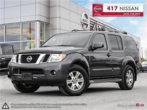 2010 Nissan Pathfinder SE // Sunroof // 4 WD // WINTER TIRES & R
