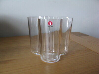IITTALA FINLAND CLEAR GLASS VASE SIGNED ALVAR AALTO