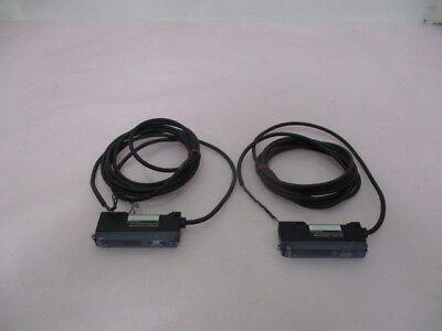 2 Keyence FS-V11 Fiber Optic Photoelectric Sensor, 423873