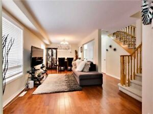 Gorgeous 3+1 Bedrm Semi-Detached Home In Brampton X5176963 MR28