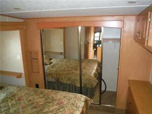 2008 Carriage Cameo 35SB3 Luxury 5th Wheel Trailer with 3 Slides Stratford Kitchener Area image 16