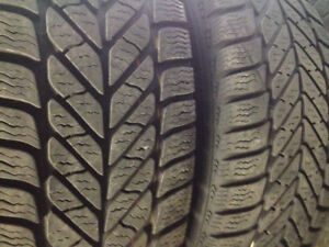 Pneus d'hiver Good year / Winter tires Good year
