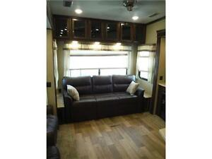 2017 Compass 377MB Luxury 2 bedroom 5th wheel - 4 slideouts Stratford Kitchener Area image 6