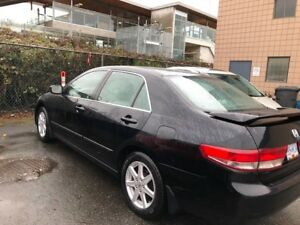 2003 Black V6 Honda Accord - $3800