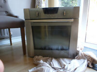 Self cleaning Electric oven Excellent condition. 600mm * 600mm