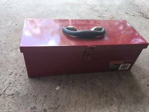 toolbox with lock Mount Colah Hornsby Area Preview