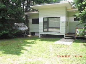 Falcon Lake Executive Cottage