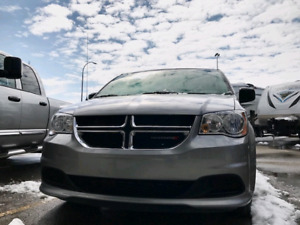 2016 Dodge Caravan (priced to sell!!)