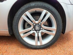 2007 Holden Commodore VE Omega Silver 4 Speed Automatic Sedan Rosslea Townsville City Preview
