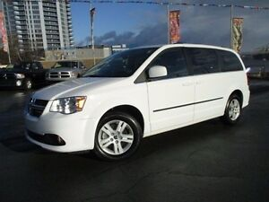 2016 Dodge GRAND CARAVAN Crew Plus (with Nav, dual DVD, Leather)