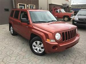 JEEP PATRIOT NORTH 2009 AUTO / AWD / AC / AUX !!