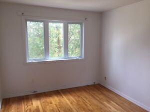 Logement 4 ½ (2 chambres) - Longueuil