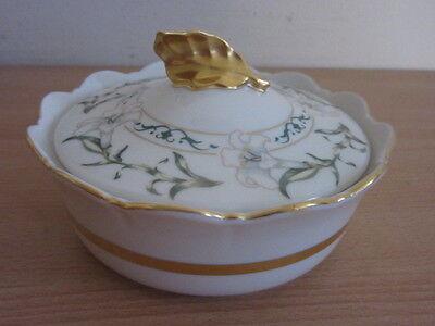 Pickard China Lidded Sugar Bowl w/ Gold Leaf Handle