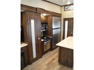 2017 Compass 377MB Luxury 2 bedroom 5th wheel - 4 slideouts Stratford Kitchener Area image 8