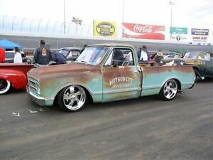 LOOKING TO BUY A 70s-80s CHEV DODGE OR GMC SHORT BOX