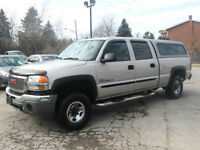 2005 GMC Sierra 2500HD 6.6L Crew Cab DIESEL ** 4x4 & Leather **