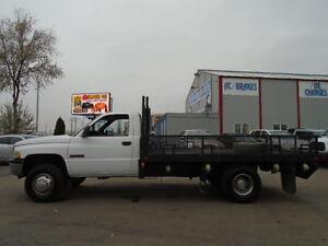 2002 Dodge Power Ram 3500HD--FLATBED-5.9 i6 CUMMINS TURBO DIESEL Edmonton Edmonton Area image 3