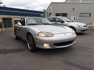 2003 Mazda MX-5 Miata ***130,600 km--$5995** IMPECCABLE