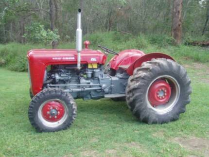 MF35 Tractor
