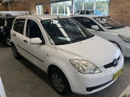 2006 Mazda 2 DY10Y2 Neo White 5 Speed Manual Hatchback Cardiff Lake Macquarie Area Preview