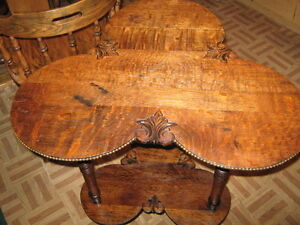 PARLOR TABLE Peterborough Peterborough Area image 2