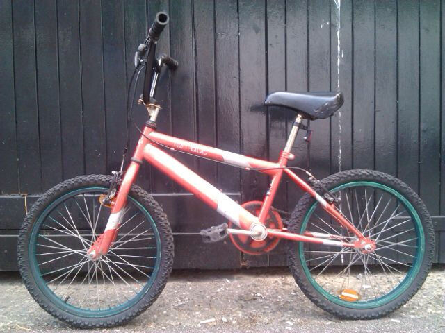 bmx bike with extrasin Hackney, LondonGumtree - bmx bike in red color, wheel size is 20, tyres in perfect condition. The bike works fine, smooth ride with both brakes working properly. It has the usual wear to the paint but nothing serious. The bike has recently been serviced and adjusted, this...