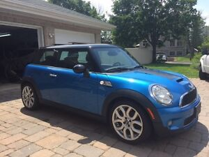 2008 MINI Mini Cooper S Black/Blue Coupe (2 door)